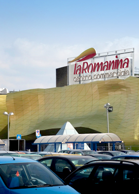b86040f965 Elenco negozi del Centro Commerciale La Romanina